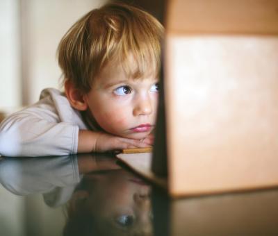 Közös célunk, hogy megóvjuk a gyerekeket az internet veszélyeitől