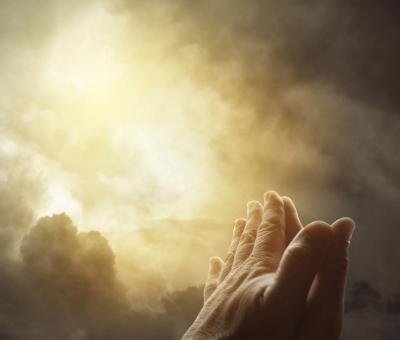 A hit erejével csodákra vagyunk képesek