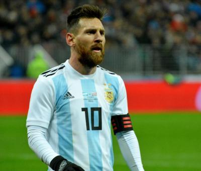 Mit mutatnak Messi számai?