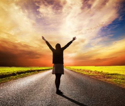 A tízmilliószoros, vagyis dharmacsakra napokon a pozitív, illetve negatív cselekedetek hatása tízmilliószorosára hatványozódik